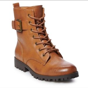 SO Broccoli Leather lace combat boots 8.5